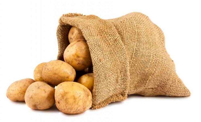 رفع ممنوعیت صادرات راهکار تعادل قیمت سیب زمینی در بازار/تولید سیب زمینی به 5 میلیون تن می رسد