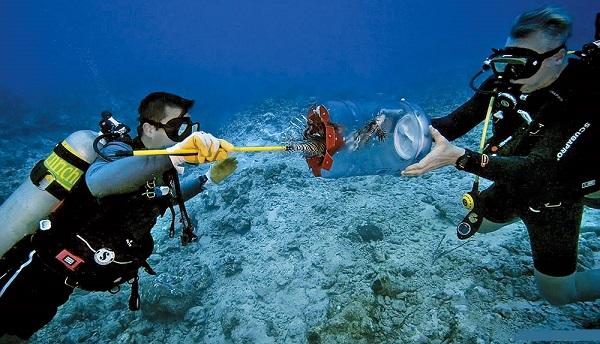 اسنیکی، عکاس اعماق دریاها