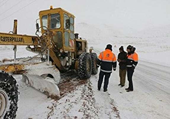 باشگاه خبرنگاران - راهداران بیش از ۵ هزار کیلومتر جادههای کردستان را برف روبی کردند