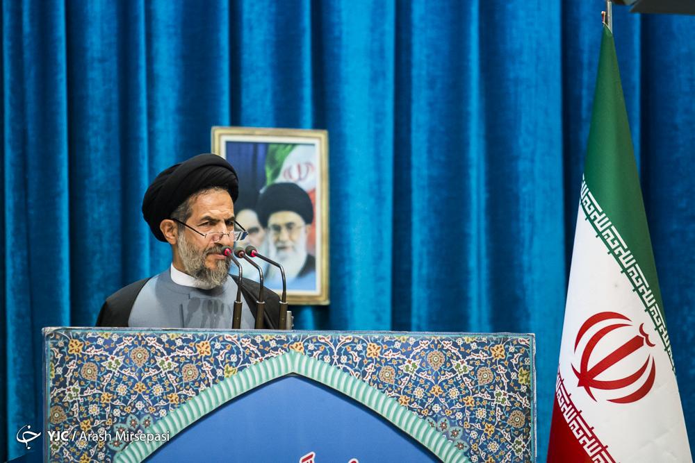 رمز تداوم و بالندگی انقلاب اسلامی ایران با حضور مردم تعریف میشود/دولتمردان آمریکا بدانند ایران با اقتدار از چالشها عبور میکند