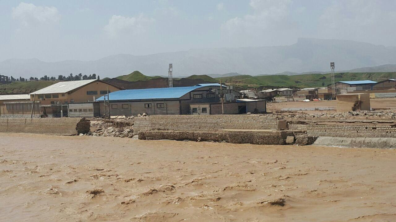 آخرین اخبار از مناطق سیلزده شنبه ۱۷ فروردین ماه/ پاکسازی معابر پلدختر تا ۳ روز دیگر/ دستور تخلیه ۶ شهر خوزستان صادر شد +فیلم و تصاویر