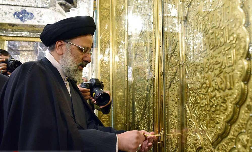 عکس رئیسی در حرم امام رضا / دانلود تصویر آیت الله رئیسی