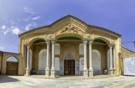 قلعه چالشتر از جاذبههای گردشگری چهارمحال و بختیاری