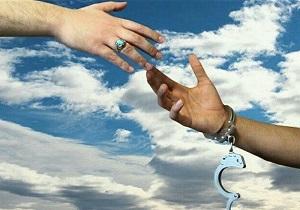 آزادی۸۳۰ زندانی با عفو رهبری در یزد
