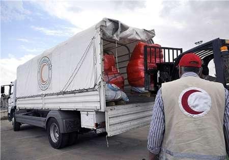 ۳۰ دستگاه تریلر از کمکهای مردمی اصفهان به مناطق سیلزده ارسال شد