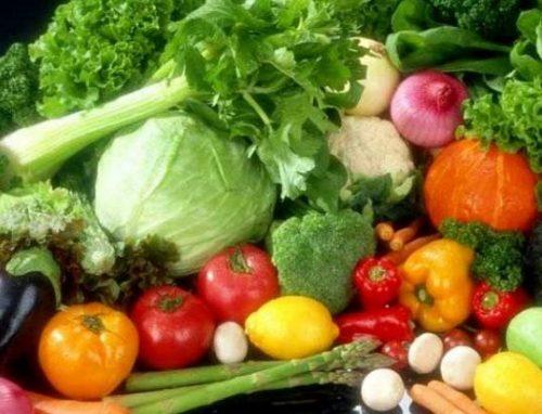 مشکلات گوارشی؛ نتیجه افراط در خوردن نوبرانه ها/ در فصل بهار چه اتفاقاتی در بدن می افتد؟