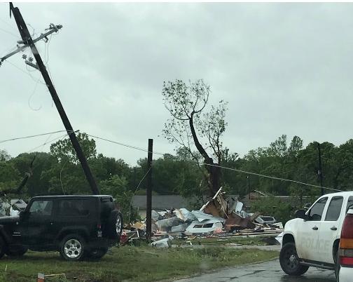 ۴ کشته در پی وقوع توفان در جنوب آمریکا+ تصاویر
