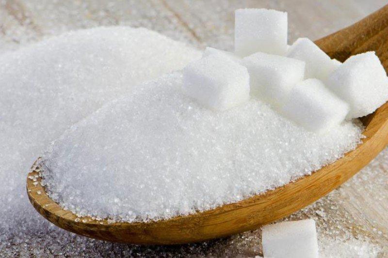 علائم ابتلا به بیماریها در خوراکیهایی که هوس میکنید/ از مشکلات قلبی تا اختلالات کبدی با خوردن شکر/ با این روشها قلبتان را سالم نگه دارید