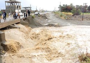 آخرین اخبار از مناطق سیلزده یکشنبه ۲۵ فروردین ماه/ ورود کمک های عراق از شلمچه به کشور/ سیلاب ۸ مسیر در جنوب سیستان و بلوچستان را مسدود کرد + تصاویر