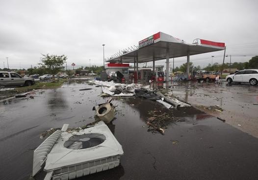 افزایش تلفات طوفان و سیل در جنوب آمریکا