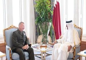 دیدار امیر قطر با فرمانده جدید ستاد مرکزی ارتش تروریست آمریکا