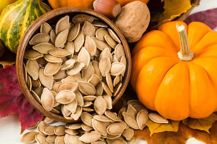 برای تقویت سیستم ایمنی بدن تخمه کدو بشکنید/ گیاهی برای خلاصی از حساسیتها/ با خوابالودگی بهاری چه کنیم؟