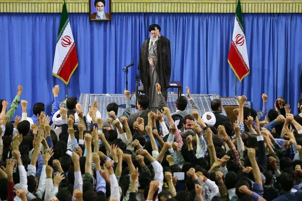 فعالان قرآنی همدان با رهبر انقلاب دیدار کردند
