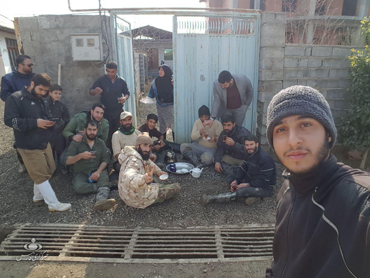 روایتهایی از حضور مدافعان حرم در مناطق سیل زده