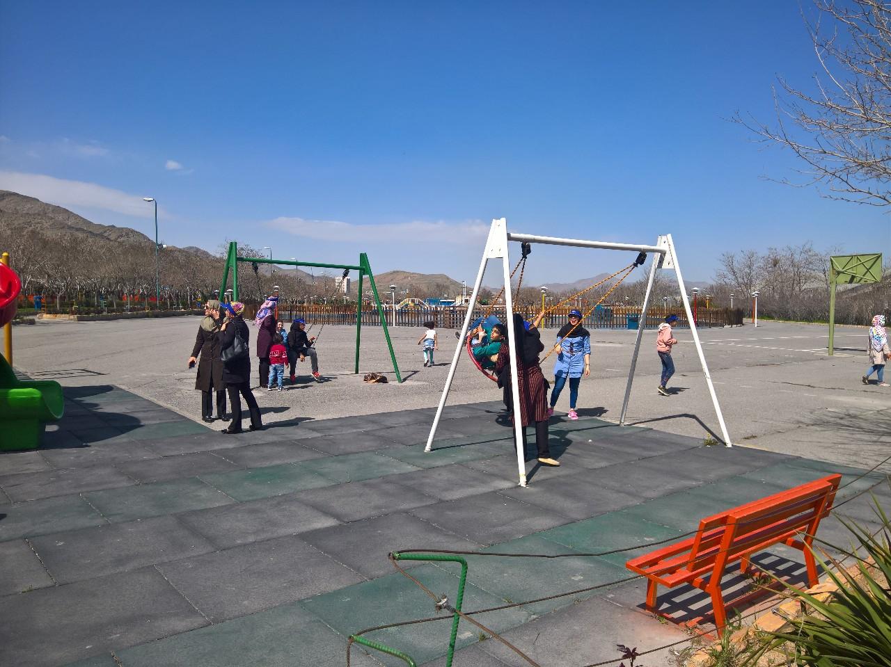 امروز هر چقدر میخواهید بازی کنید/ چند ساعتی از پارک رفتن محروم نیستی