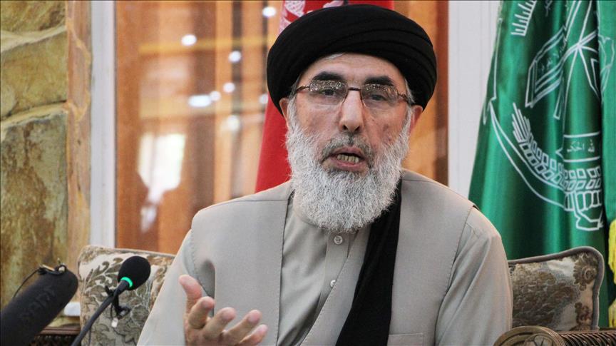 حکمتیار: دولت نباید چهره های اپوزیسیون را در پروسه صلح به حاشیه براند