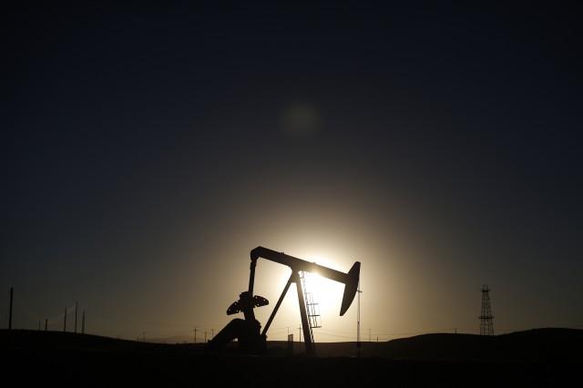 باشگاه خبرنگاران -کاهش بهای نفت در بازار لندن و نیویورک
