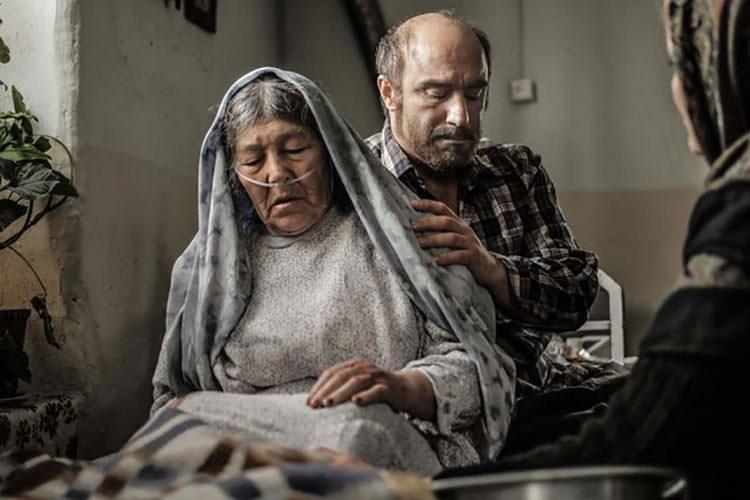نمایش «شکستن همزمان بیست استخوان» در جشنواره جهانی فجر