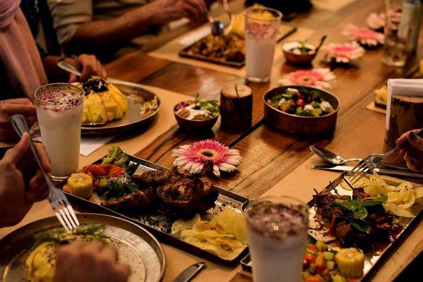 هزینه برگزاری یک میهمانی کوچک خانوادگی / چه کنیم که میهمانان گرسنه نمانند؟