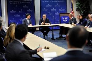 تأکید امارات بر همکاری با آمریکا برای مقابله با ایران!