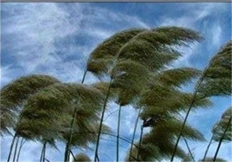 وزش باد گرم و ریزش سنگ دو پدیده غالب در مازندران