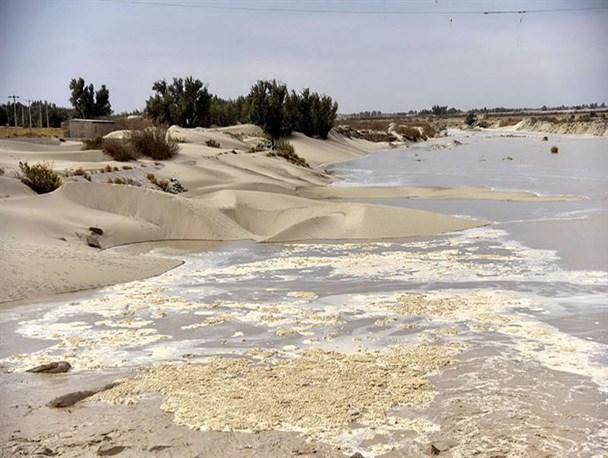 دریاچه هامون و چاه نیمهها کاملا ظرفیت هر سیلابی را دارد/شهروندان به شایعات توجه نکنند