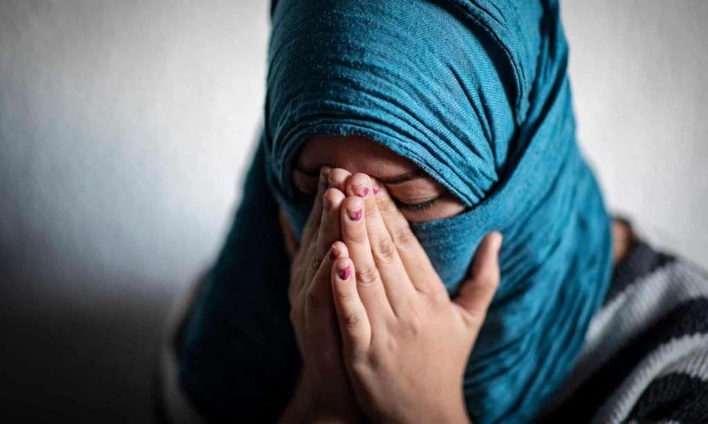 ناگفتههای تکاندهنده زن کارگر از مهاجرت به دیار غرب/ سمیرا: رفتم توت فرنگی بچینم به من تجاوز کردند!