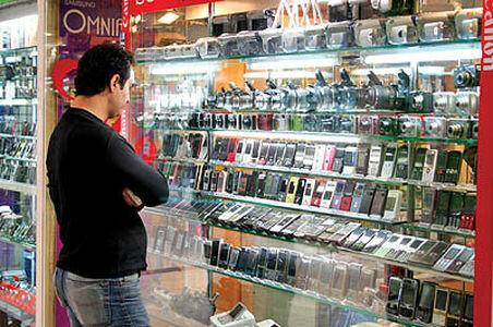 شرکتهای خارجی از بازار تلفن همراه ایران خارج میشوند؟