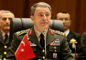 وزیر دفاع ترکیه: سامانههای اس-۴۰۰ در آنکارا و یا استانبول مستقر خواهند شد