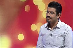 قرآن خواندن مجری برنامه روی آنتن زنده و واکنش قاری مشهور +فیلم