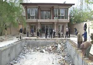 تخریب ویلاهای غیرمجاز در بستر زاینده رود + فیلم