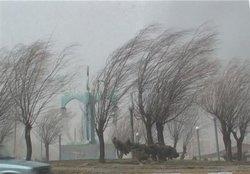 سرعت وزش باد در نهاوند به ۷۵ کیلومتر در ساعت رسید