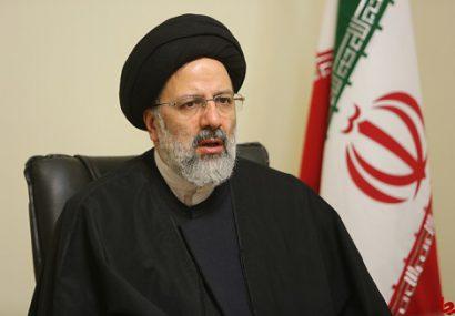 رئیس دستگاه قضا از مناطق سیل زده استان خوزستان بازدید میکند