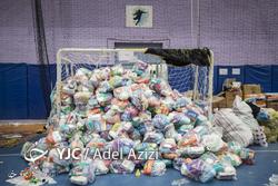 بسته بندی اقلام اهدایی به سیلزدگان