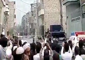 لحظه منفجر کردن مقر تروریستها در پیشاور پاکستان + فیلم