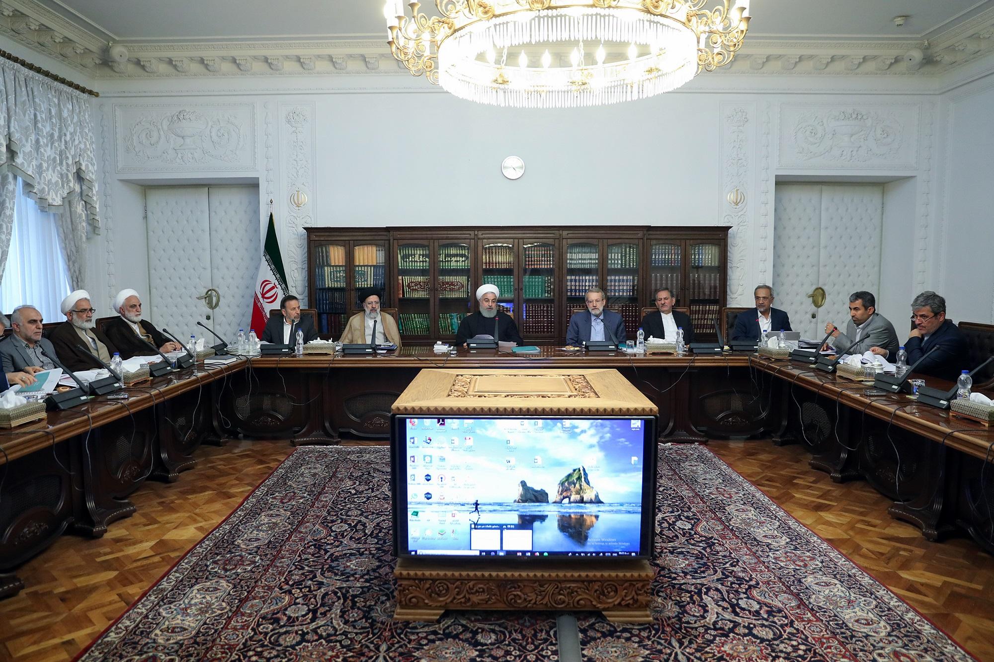 شورای عالی هماهنگی اقتصادی با حضور سران قوا تشکیل شد