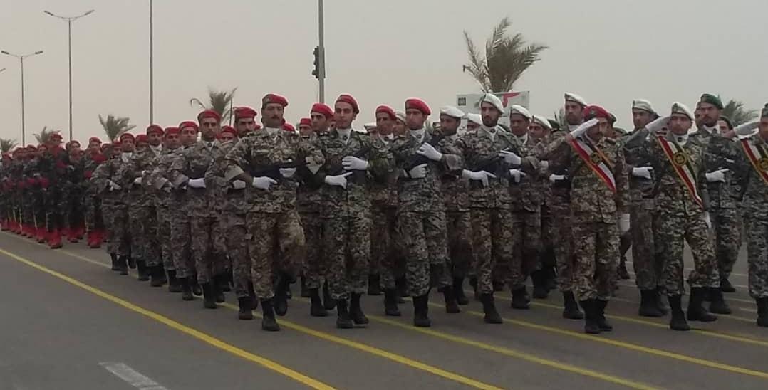 نمایش اقتدار نیروهای مسلح استان بوشهر در روز ارتش