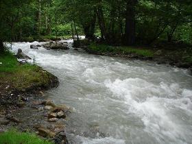 کنترل و ذخیره پنج میلیون متر مکعب روان آب در سازههای آبخیزداری مراغه