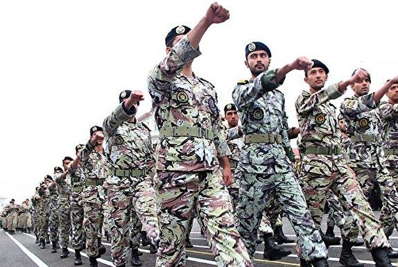 باشگاه خبرنگاران - ارتش نهادی مردمی است/ وفاداری و خدمت به مردم افتخار ارتش است