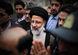 رئیسی: نمیگذاریم خاطره سال ۹۵ دیگر در ذهن مردم خوزستان تکرار شود/ دستگاه قضا علت سیل را بررسی میکند/ سفرهای استانی در دستور کار است