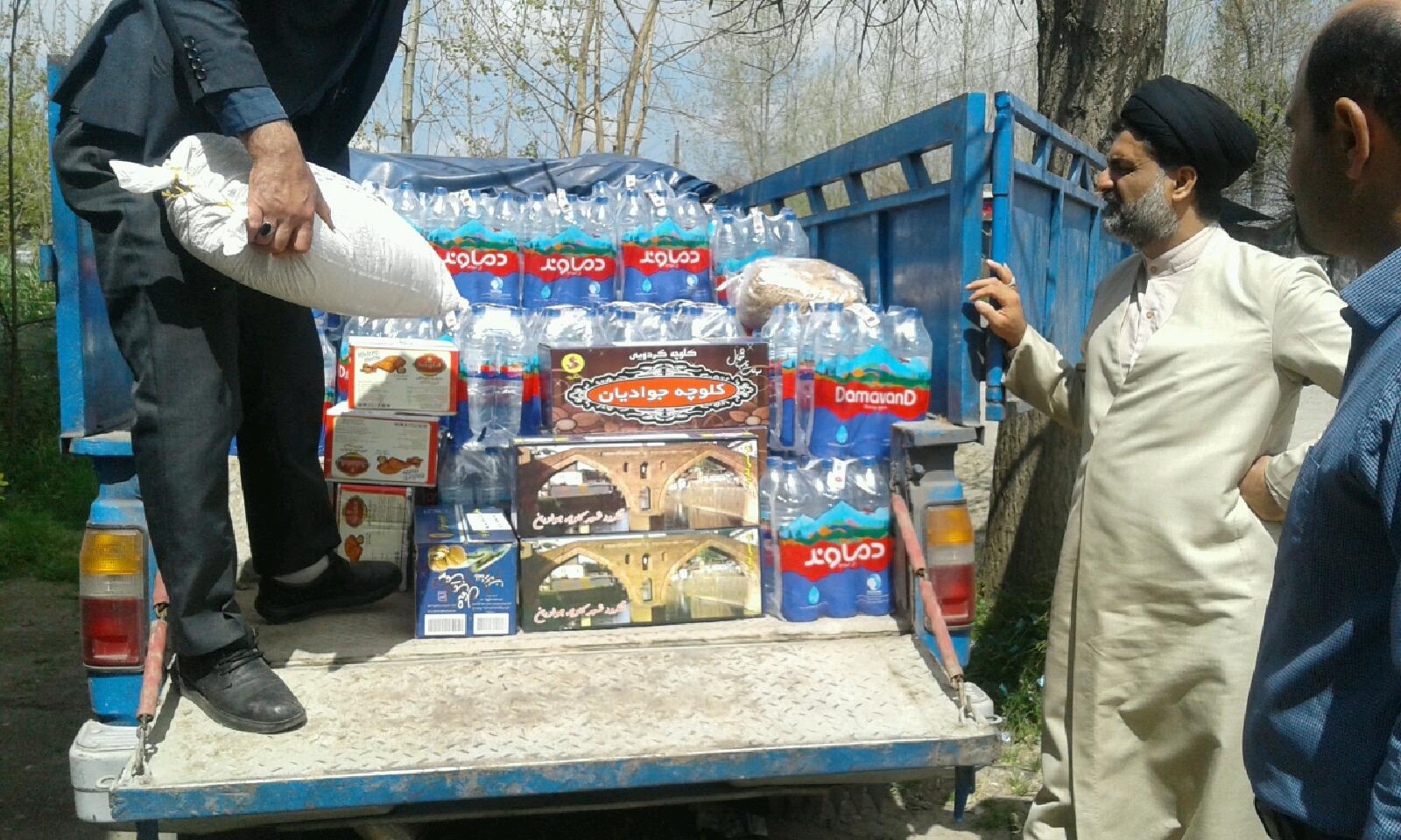 باشگاه خبرنگاران -ارمغان شهروندان «کینچاه» برای سیلزدگان + تصاویر