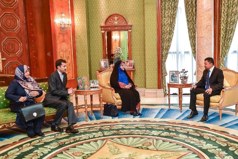 سفیر ایران در برونئی با ولیعهد این کشور دیدار کرد