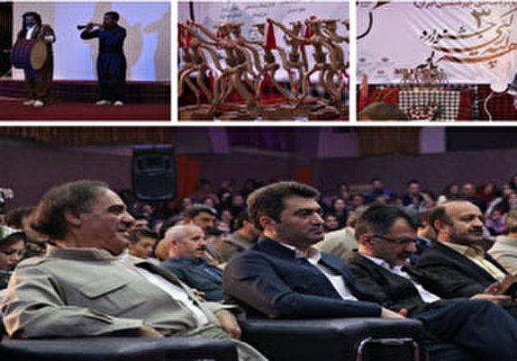 باشگاه خبرنگاران -اختتامیه سومین جشنواره سراسری 'هه لپه رکی' با حضور هنرمندان مهابادی
