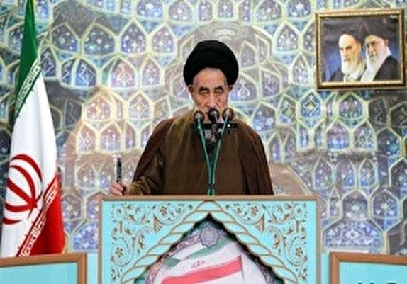 باشگاه خبرنگاران - ریشه انقلاب اسلامی با تهدیدات بی اساس دشمنان خشک نمیشود