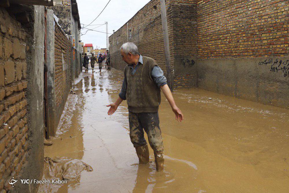 آخرین وضعیت سیل زدگان در استان گلستان/ حضور تیمهای سیار سلامت و توزیع داروی رایگان در منطقه سیل زده