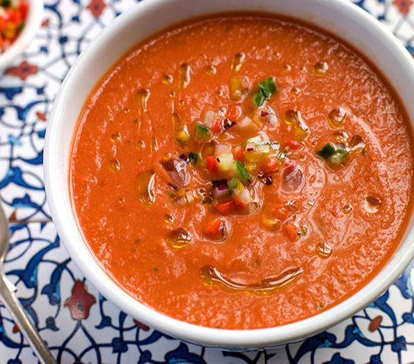 دستور تهیه سوپ سرد سبزیجات فلفلی