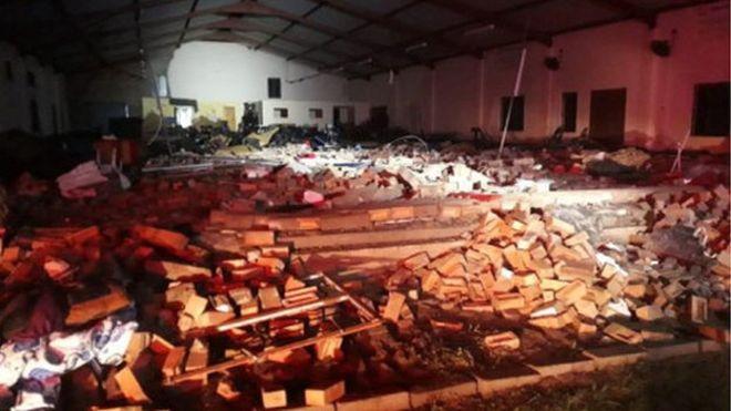 باشگاه خبرنگاران -فروریختن دیوار کلیسایی در آفریقای جنوبی + عکس