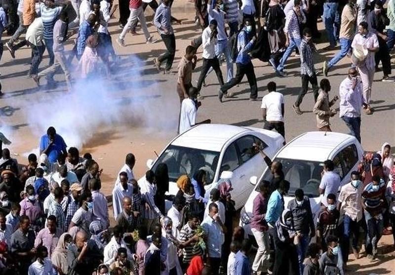 برگزاری بزرگترین تظاهرات مخالفان در سودان پس از کودتای این کشور