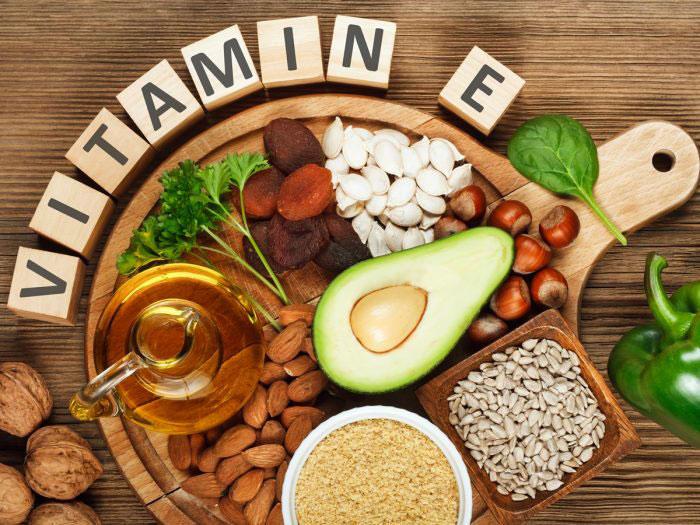 علائم کمبود ویتامین E در بدن را بشناسید/ از مصرف این ویتامین جوانی غافل نشوید