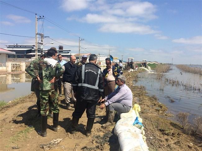آب ورودی به شهرک صنعتی آق قلا با کمک شناورهای مهندسی سپاه مهار شد